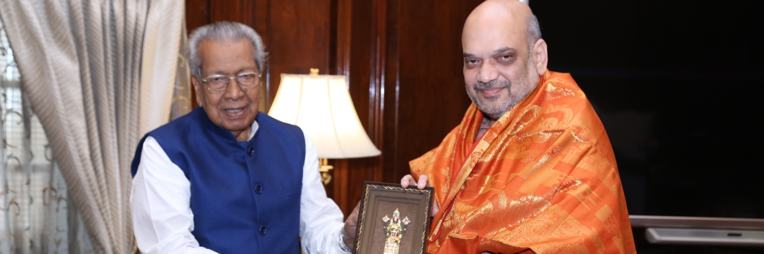 The Governor of Andhra Pradesh Shri Biswabhusan Harichandan calling on the Union Home Minister, Shri Amit Shah in New Delhi on August 09, 2019